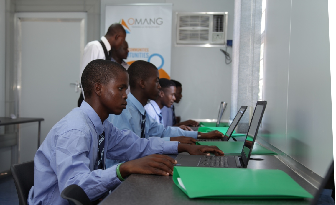 Mabotha learners in the Computer Lab